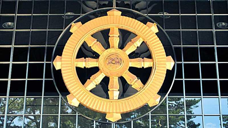 法輪は仏教のシンボルマーク